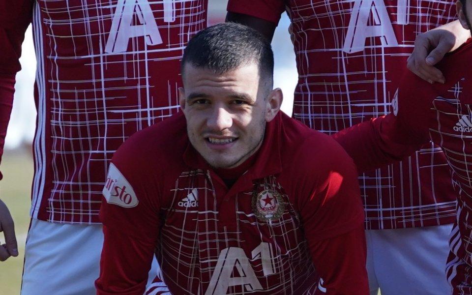 Олимпия (Любляна) привлече футболист от ЦСКА. Защитникът Ангел Лясков беше