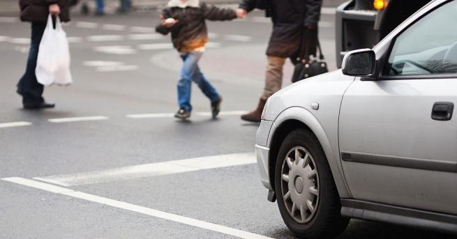 Хиляди пешеходци са в нарушения на пътя - така изглежда
