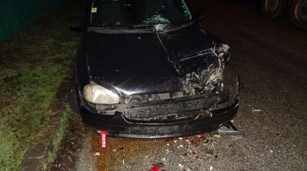Кола се блъсна в тир край Благоевград (СНИМКИ)