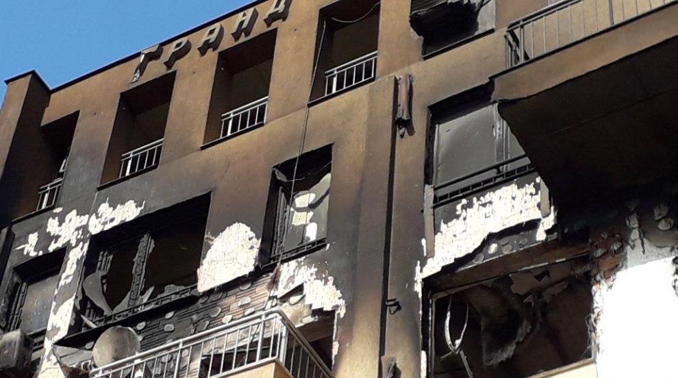 Мъж загина при пожар във Варна (СНИМКИ)