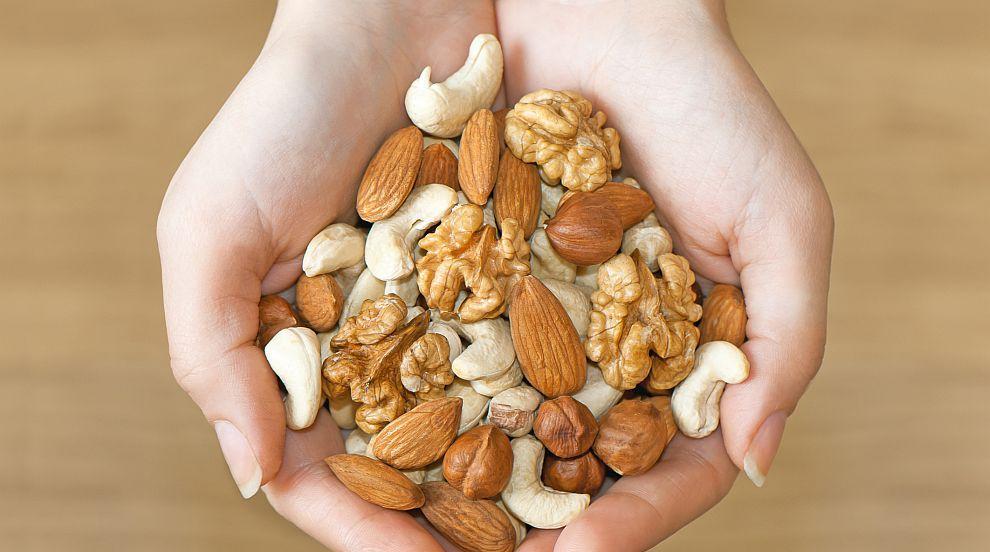 Шепа ядки дневно намалява риска от инфаркт с 33...