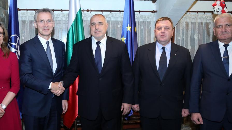 Шефът на НАТО у нас, обсъжда стабилността с Борисов
