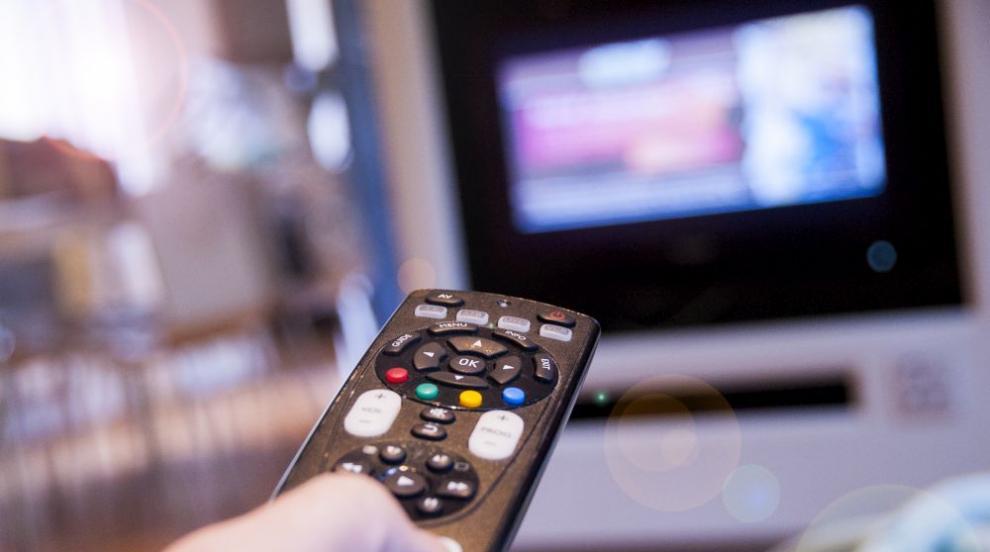 Стотици хиляди българи получават телевизия от