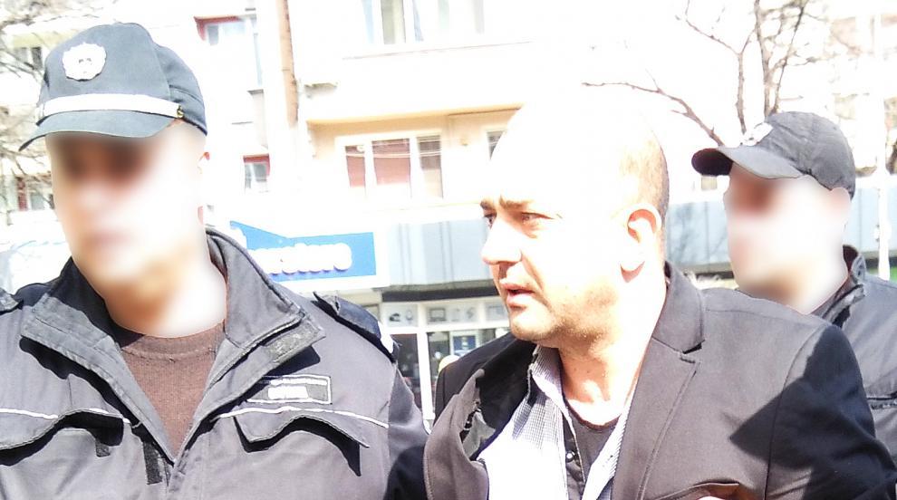 Бащата, пребил 14-годишната си дъщеря във Варна, получи условна присъда