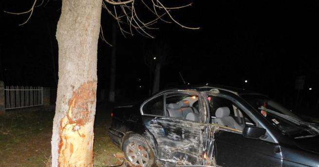 Три момчета пострадаха при катастрофа в лознишкото село Ловско, станала