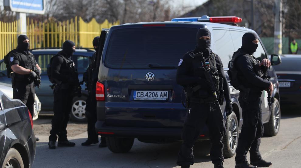 След акцията в Орландовци: Прокуратура обвини 14 лица за участие в група за...