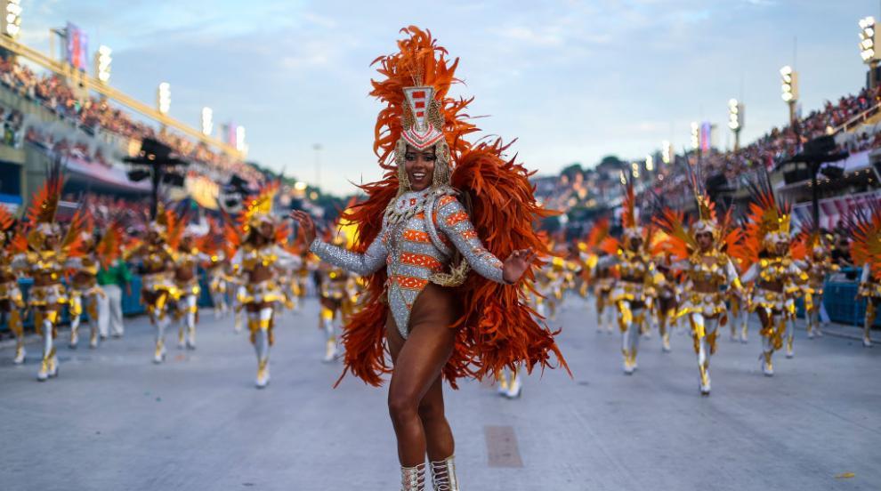 """Големият победител на карнавала в Рио е школата по самба """"Мангейра"""