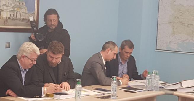"""Снимка: Три компании с оферта за строителството на """"Турски поток"""" в България"""
