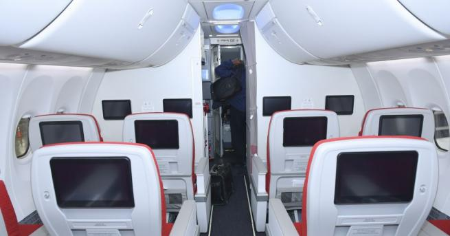 Ограничават се полетите на самолети Боинг 737 Макс във въздушното