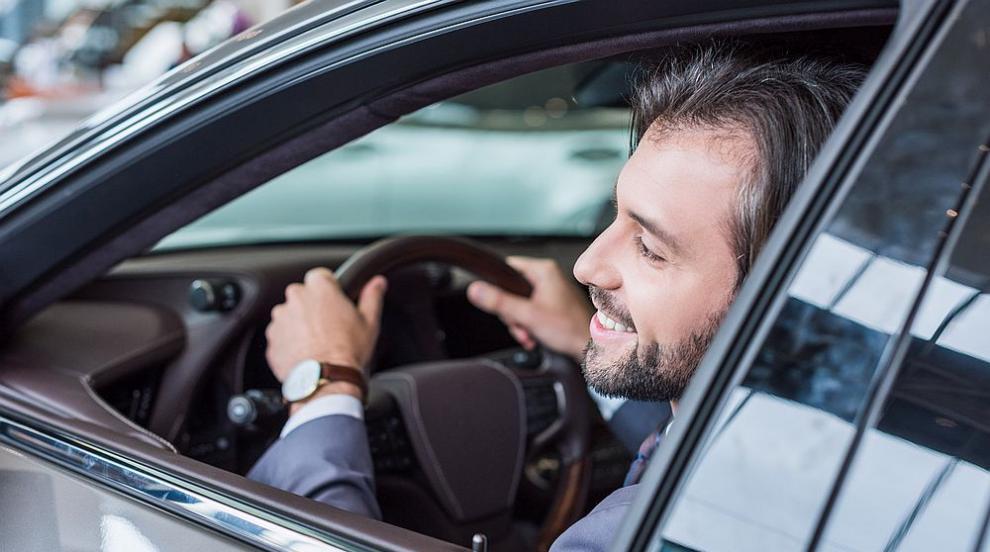Първата регистрация на кола в частни пунктове, предвиждат нови промени