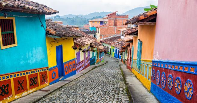 Националната карантина заради коронавируса в Колумбия бе удължена до юли,