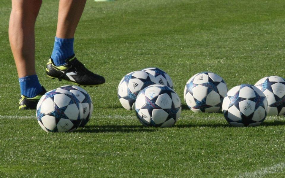 Беласица стартира с 26 футболисти