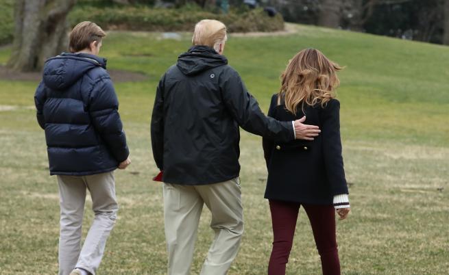 Има ли двойничка Мелания Тръмп. Американският президент коментира