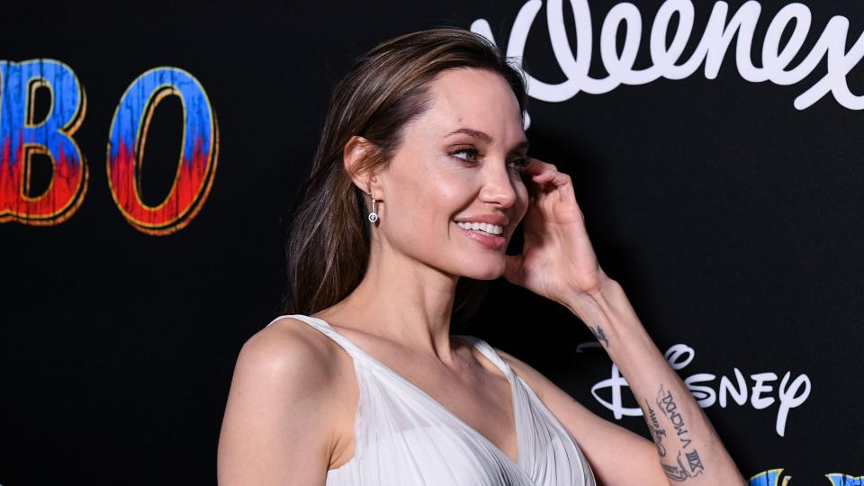 Аджелина Джоли се омъжва за британски милиардер?
