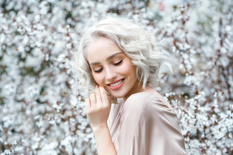 жена пролет