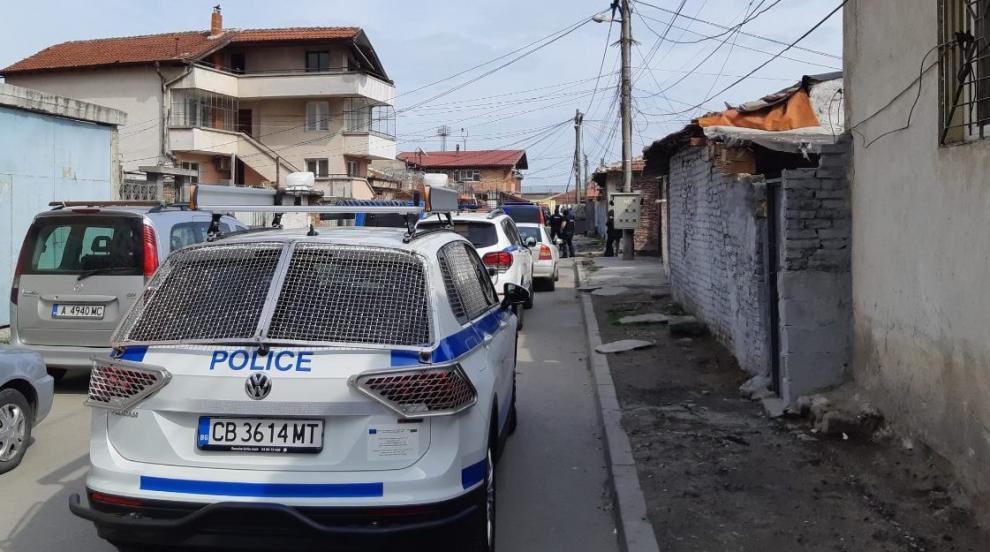 Нова полицейска акция в квартал