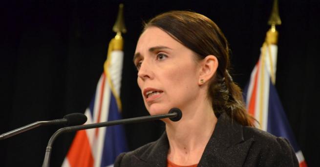 Новозеландската премиерка Джасинда Ардърн обеща да не позволи нападателят, който