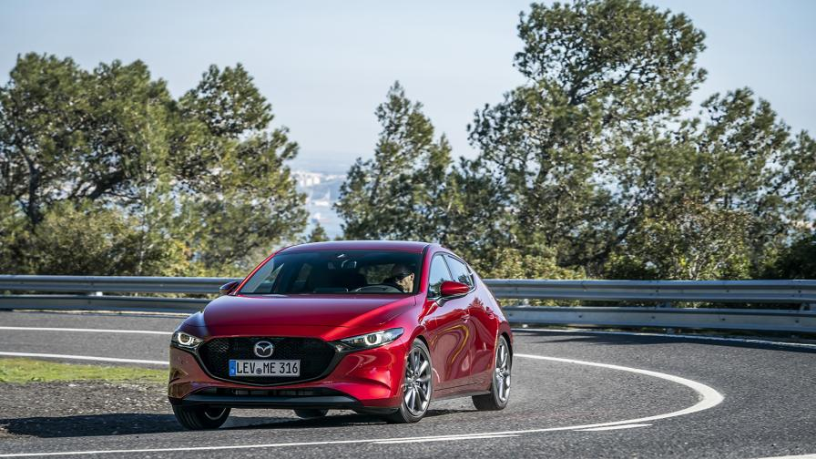 <p>Mazda 3 е различният образец за подражание (тест-драйв)</p>