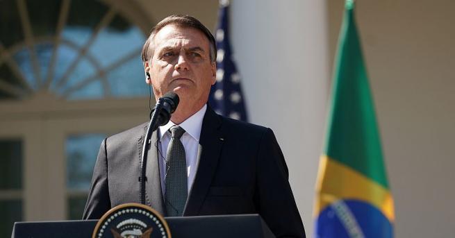 Бразилският президент Жаир Болсонаро ще бъде опериран от херния тази