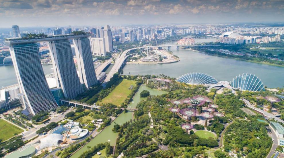 Най-големият изложбен център в Сингапур става полева...