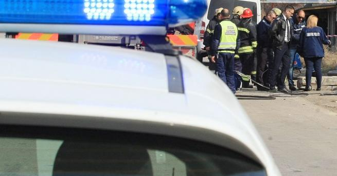Двама души загинаха след тежка катастрофа малко след 10 часаднес