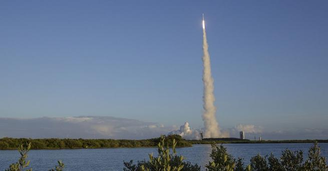 Планът на НАСА да вземе проба от астероида Бену