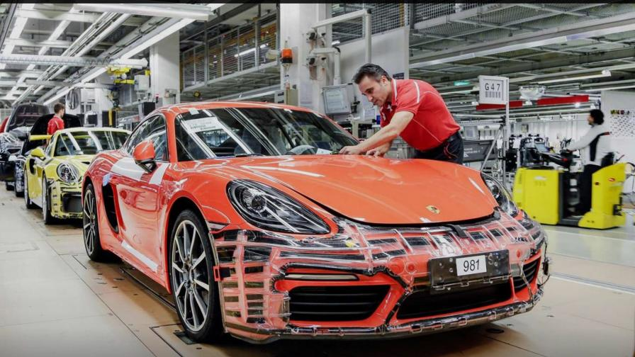 <p>Да си работник в Porsche! Почти 10 000 евро бонус</p>