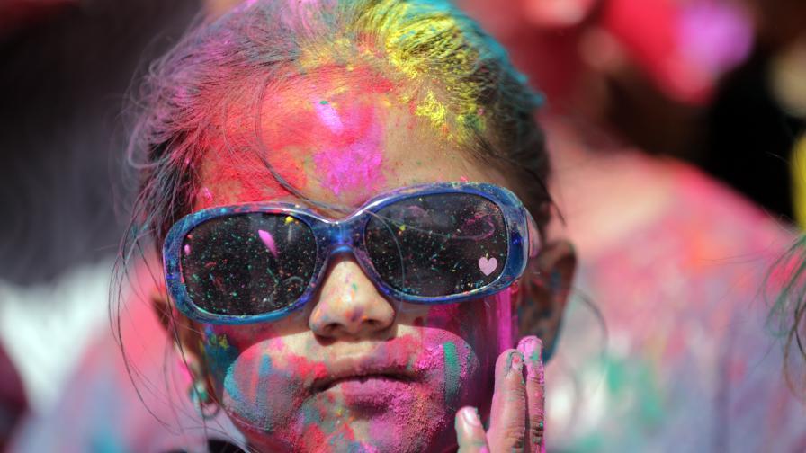 Холи - един от най-красивите празници в света