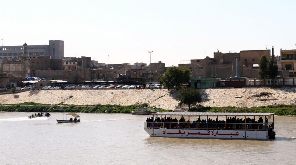 Ферибот потъна в река Тигър, 93 души загинаха