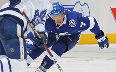 Тампа Бей надви Каролина за седмата си поредна победа в НХЛ