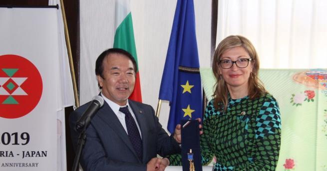 Вицепремиерът и министър на външните работи Екатерина Захариева проведе редица