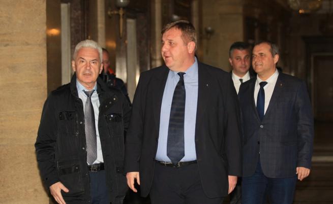 Сидеров и Каракачанов са за единно явяване на патриотите на евроизборите