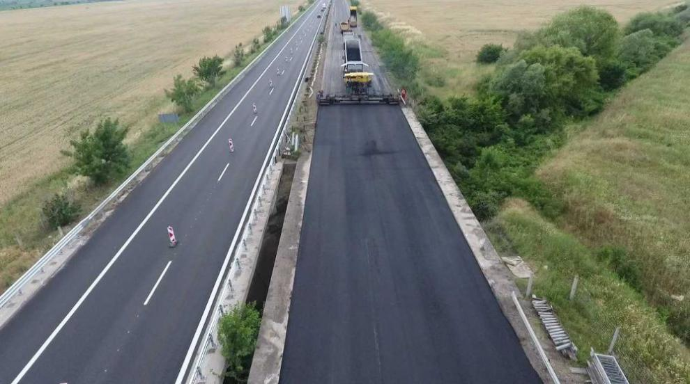 """Промени в движението: Ремонтират три виадукта на магистрала """"Тракия"""""""