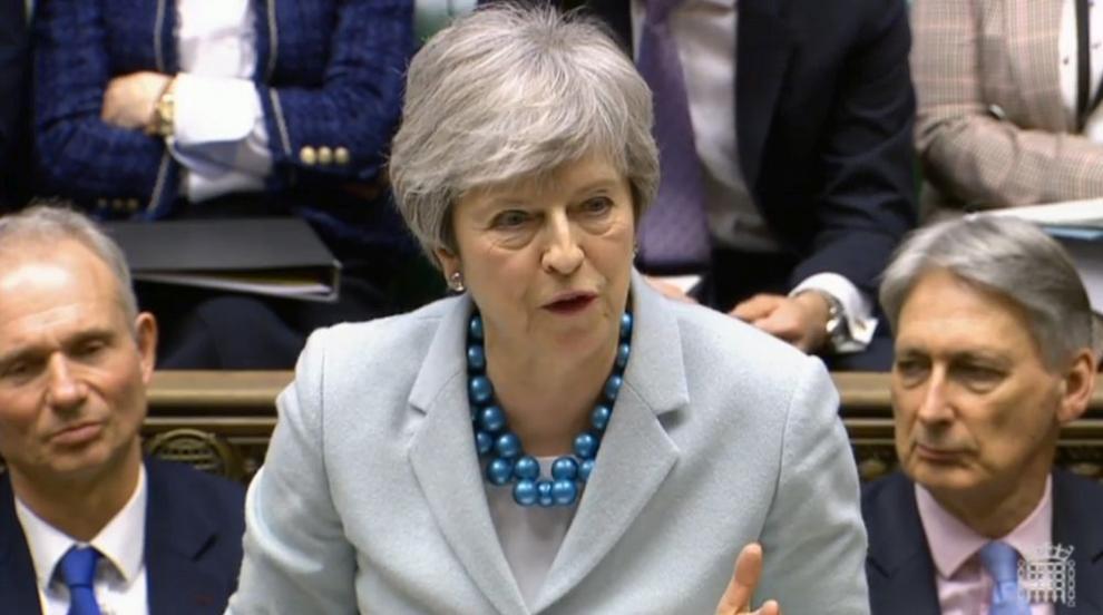 Британският парламент ще обсъди в сряда официално отлагане на датата на...
