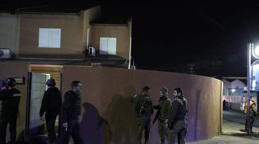 Въпреки обявеното спиране на огъня обстрелът в района на ивицата Газа...