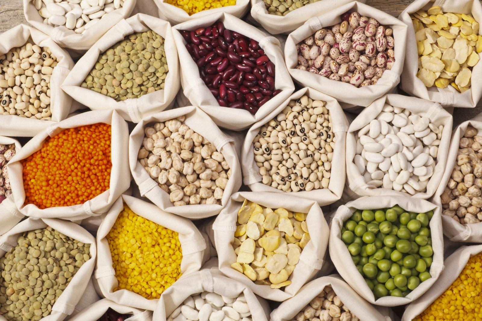 Да не забравяме и бобовите храни задобър тонус– фасул, леща, грах, соя, нахут.