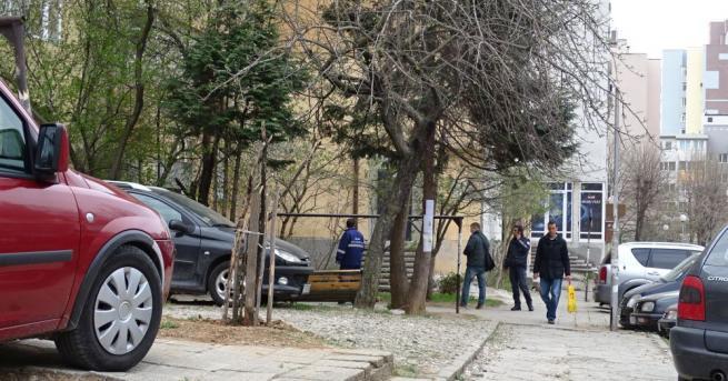 46-годишен мъж почина след падане от блок в Благоевград.