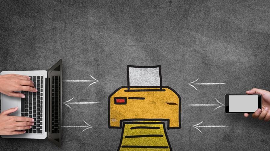 Защо хората все още използват факс?