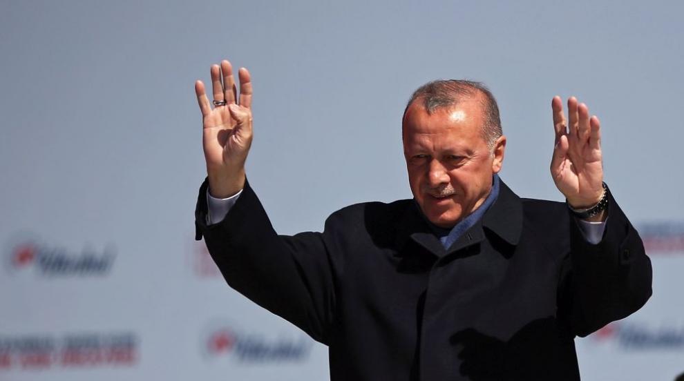 Турция иска от ЕС още пари за бежанците - иначе ги пуска към Европа (ВИДЕО)