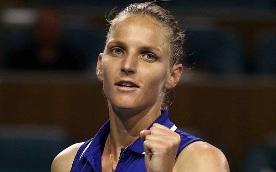 Каролина Плишкова на 1/2-финал в Ийстбърн