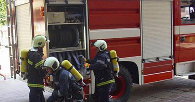 """Пожар изпепели апартамент в старозагорския квартал """"Казански"""". След потушаването на"""