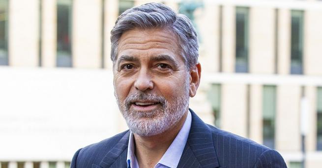 Холивудската звезда Джордж Клуни отправи призив да бъдат бойкотирани хотели,