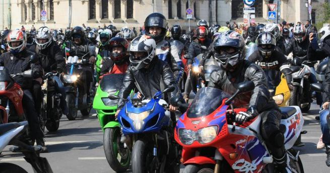 Започват засилени проверки на водачите на мотоциклети, като ще се