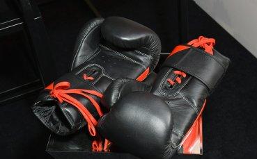 Две българки със загуби на Европейското по бокс
