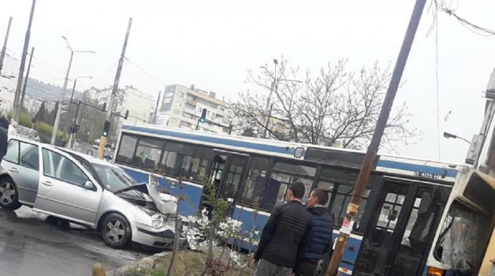Седем пострадали при инцидент с автобус във Варна