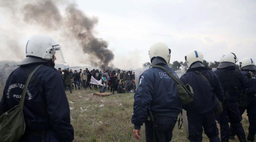 Близо 400 нелегални мигранти са хванати на границата ни с Гърция и Турция