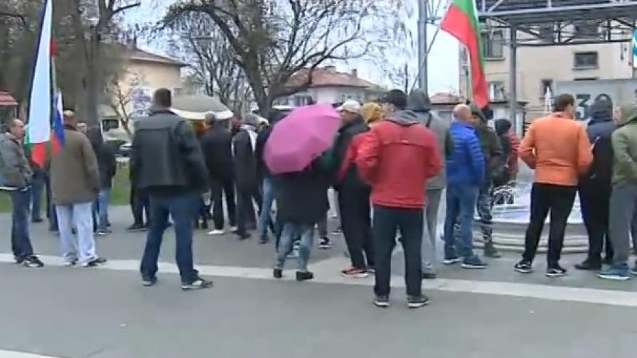 Войводиново на протест заради условните присъди