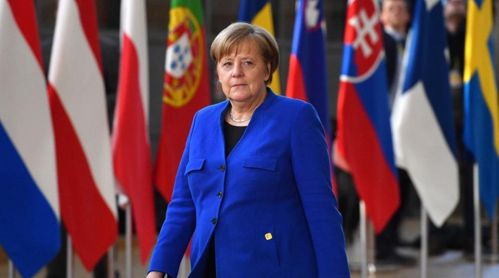 59% от германците: Здравето на Меркел е личен въпрос