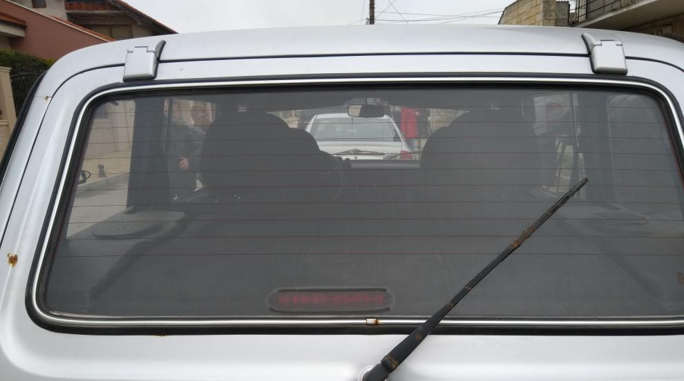 Мъж шофира без книжка, прави ПТП, а колата му била обрана