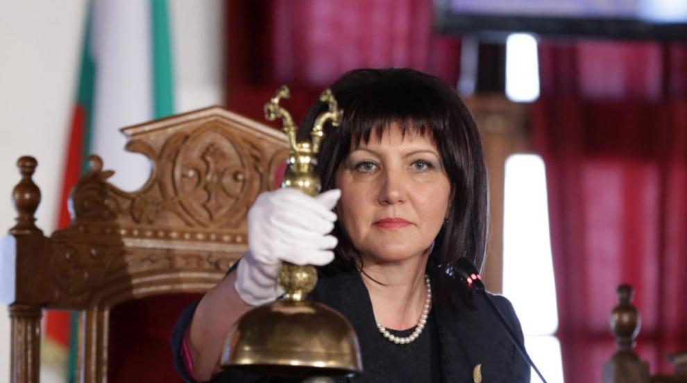 Оперират Цвета Караянчева след катастрофата